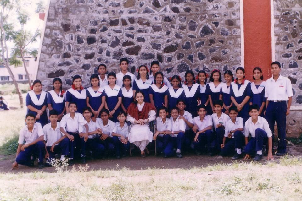 school group photo