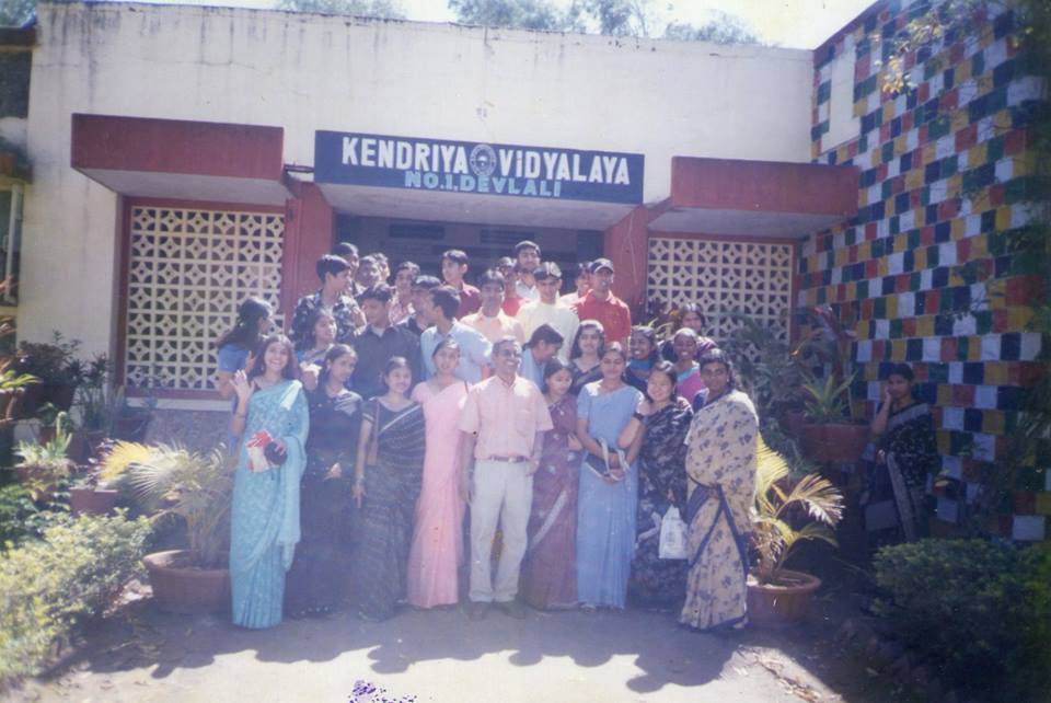 students posing for Teacher's Day photo